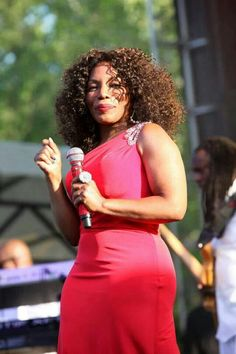 This woman is amazing! The one and only Queen Stephanie Mills. Shared by Carla Music Icon, Soul Music, Music Love, R&b Artists, Music Artists, Black Celebrities, Celebs, Cissy Houston, Stephanie Mills