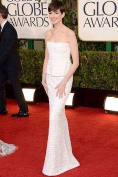 Ann Hathaway globos de oro 2013