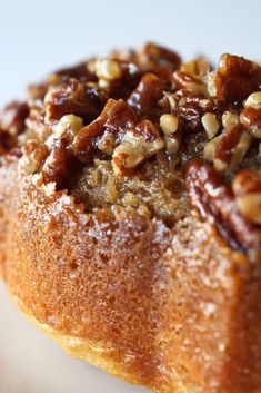 Pecan Updside Down Bundt Cake Recipe - Practically Homemade - Even better than a pecan bar, this Pecan Upside Down Cake starts with an amazing buttery and sweet - Holiday Desserts, Easy Desserts, Thanksgiving Desserts, Pecan Desserts, Cake Mix Desserts, Homemade Desserts, Desserts With Pecans, Recipes With Pecans, Easy Delicious Desserts