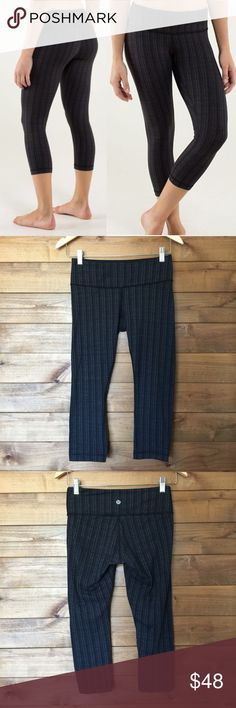 """Lululemon Wonder Under Ziggy Print Crops SZ 4 Rare Lululemon Wunder Under Crops in the """"Ziggy"""" print • Black and gray Luon  • Inseam: 20"""".   Excellent condition no stains or snags very light piling (pictured) lululemon athletica Pants Leggings"""
