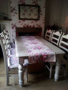 Annie sloan Country grey table and 6 chairs, vintage floral linen seats and table runner