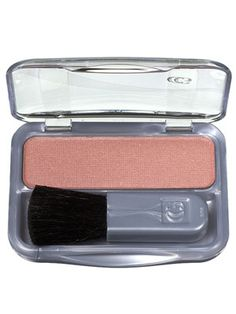 This powder blush in a rosy mauve shade adds flattering color that really perks up the face. Sexy Makeup, Blush Makeup, Makeup Dupes, Beauty Makeup, Pretty Makeup, Soft Autumn Makeup, Fall Makeup, Ivory Skin Tone, Date Night Makeup