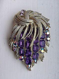 Coro Jewelry Francois French Line 1937-1961 Brooch Amethyst Borealis 00237