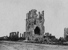 Le designer et expert du GIF Kevin Weir a transformé de vieilles photos historiques noir et blanc dans une série de GIF effrayants