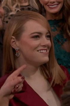 Just 2 Minutes Into the Oscars, Jennifer Lawrence Roasted Emma Stone Like a Real BFF