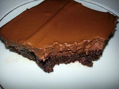 My JOURNEY to Health: Raw Brownies with Raw Chocolate Frosting