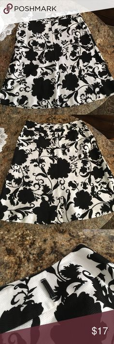 Uniform JohnPaulRichard cute skirt Like new very nice combination black and white uniform Johnpaulrchards Skirts Midi