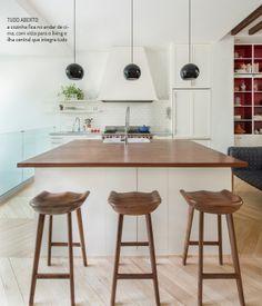 Painting and creative colors. Veja mais: http://www.casadevalentina.com.br/blog/materia/pintura-e-cores-criativas.html  #decor #decoracao #interior #design #color #paint #cor #pintura #kitchen #cozinha #casadevalentina