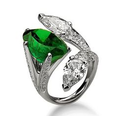 #scavia Emerald and Diamond Ring
