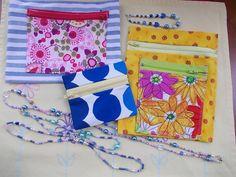 "Meikkipusseja, kukkaro, ranne- ja kaulakoruja. Pouches for my friends, a purse and some kind of ""jewellry"" for me."