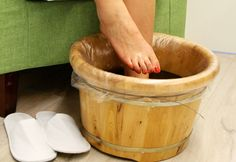Remove All Poisons from Your Feet in 30 Minutes .- Remove All Poisons from Your Feet in 30 Minutes Organic Skin Care, Natural Skin Care, Remove All, Pedi, Diy And Crafts, Canning, Healthy, How To Make, Poisons