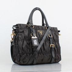 f3f6585497e9 Les Répliques, Boutique En Ligne, Prada Handbags, Designer Bags Outlet,  Best Gifts