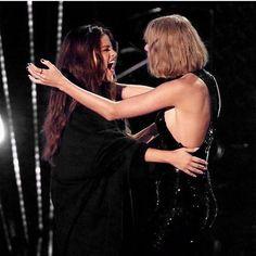 Taylor Swift and Selena Gomez!!