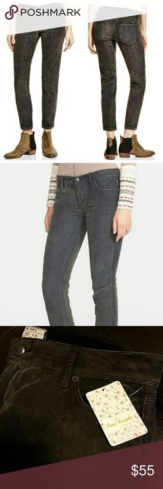 """Free People Roller Cropped Corduroy Pants Low-rise cropped skinnies with a slightly stretchy fit and a washed cord fabric. Five- pocket style with a zip fly and button closure. So soft!  - 98% Cotton, 2% Spandex - Color: Stark Black (blackish/gray) - Inseam approx 26.5"""" unrolled Free People Pants Ankle & Cropped"""