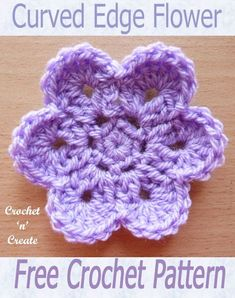 crochet flower patterns Curved Edge Flower, free crochet pattern, add to bags, scarves etc.This curved edge flower is an easy and quick design I am sure you will love. Crochet flowers are great if you want to whip up a small project fast, they pet Crochet Borders, Crochet Motif, Crochet Designs, Crochet Baby, Crochet Patterns, Loom Patterns, Crochet Shawl, Baby Patterns, Crochet Ideas