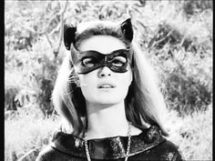 Young Cat Woman works through emotional stuff. Batman 1966, Im Batman, Batman Comics, Batman Robin, Dc Tv Series, James Gordon, Batman Show, Batgirl Costume, Julie Newmar