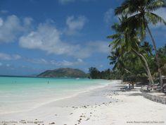 Playa Anse Volbert en las Seychelles se encuentra en la Isla Praslin en las Sheychelles.    Para recorrer las Sheychelles http://www.reservasdecoches.com/es/alquiler-de-coches/Victoria_Car_Hire.html
