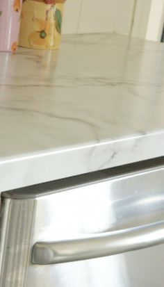 Formica in Calacatta marble with agean edge - I like this for counter tops Kitchen Redo, Kitchen And Bath, New Kitchen, Kitchen Ideas, Kitchen Inspiration, Kitchen Designs, Kitchen Tips, Kitchen Dining, Formica Kitchen Countertops