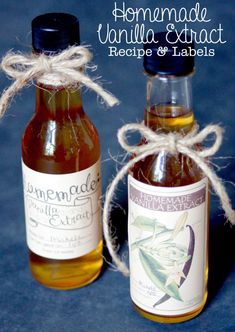 This homemade vanilla extract recipe and craft makes the perfect gift for any occasion!