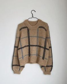 Scotty Sweater - Bluser/Sweatre - Kvinder - Designs i kategorier Cute Sweaters, Sweaters For Women, Knitting Sweaters, Big Sweater Outfit, Knit Fashion, Sweater Weather, Knitting Projects, Autumn Winter Fashion, Knitwear