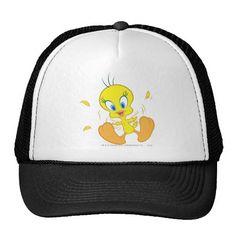 Tweety In Action Pose 5. Producto disponible en tienda Zazzle. Accesorios, moda. Product available in Zazzle store. Fashion Accessories. Regalos, Gifts. #gorra #hat
