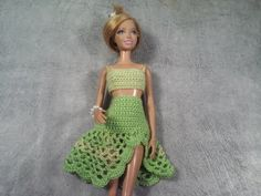 Эмма Сацкая - YouTube Crochet Barbie Clothes, Sewing Clothes, Doll Clothes, Crochet Blouse, Knit Dress, Baby Knitting, Crochet Baby, Barbie Summer, Crochet Video