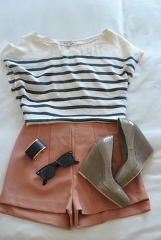Striped top. Blush pink tailored shorts. Neutral wedge heels. Simple bracelet. Sunglasses. Perfect summer outfit.
