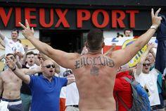 Pembukaan Piala Eropa 2016 Berlangsung, Kericuhan Terjadi di Luar Stadion  http://soccer.sindonews.com/pialaeropa/read/1115759/201/pembukaan-piala-eropa-2016-berlangsung-kericuhan-terjadi-di-luar-stadion-1465585971  #EURO2016 #PialaEropa2016 #SINDOnewsEURO2016 #Hooligan #Ultras #Supporter #England #Inggris #GreatBritain