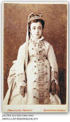 Saliha Sultan (1862-1941)  1874..