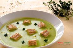 Italská kuchyně pro Čechy a Slováky - Hráškový krém patřípro svou jemnou a sladkou příchuť mezi nejoblíbenější krémové polévky, a to př