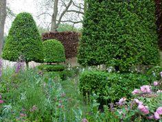 The Laurent Perrier Bicentenary Garden by Arne Maynard