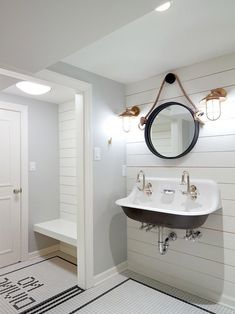 Nautical Changing Room For Pool House With White Ship Lap And Fun No with regard to Pool House Bathroom Ideas PoolHouse BathroomIdeas smallbathroomideasnobathtub Small Bathroom Layout, White Bathroom Decor, Small Bathroom Vanities, Nautical Bathrooms, Bathroom Colors, Bathroom Ideas, Bathroom Renovations, Bathroom Mirrors, Master Bathroom