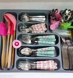 Rustic Kitchen Island, Cute Kitchen, Shabby Chic Kitchen, Shabby Chic Cottage, Kitchen Room Design, Kitchen Interior, Interior Design Living Room, Living Room Designs, Kitchen Decor