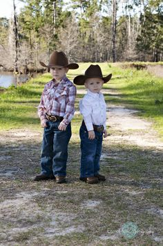 Cowboy Outfits, Baby Boy Outfits, Kids Outfits, Western Babies, Country Babies, Cowboy Baby, Cowboy Pics, Cowboy Cowboy, Little Cowboy