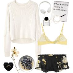White, black and yellow lazy day outfit