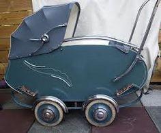 zeer mooie kinderwagen jaren 50 -
