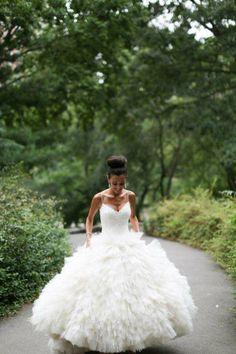 Search Used Wedding Dresses & PreOwned Wedding Gowns For Sale Formal Dresses For Weddings, Used Wedding Dresses, Wedding Dress Sizes, Bridal Gowns, Wedding Gowns, Wedding Corset, Ballroom Wedding, Gold Wedding, Wedding Bells