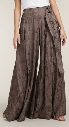 Discover our range of Modest Trousers & Skirts by Aab, the Modest, Ethical and Sustainable Fashion brand. Aged Copper, Work Trousers, Modest Outfits, Sustainable Fashion, Fashion Brand, Harem Pants, Skirts, Clothes, Dresses