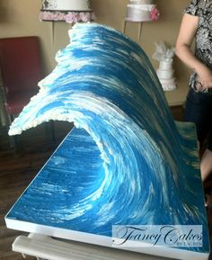 Gravity defying wave cake - Fancy Cakes by Lauren Kitchens