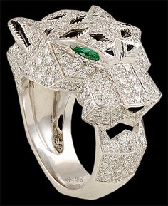 CARTIER 18k White. Gold Pave White Diamonds Emerald Eyes & Onyx Panther Ring Front View of Panthere de Cartier Collection)