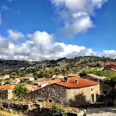 Aldeia de Marialva Photo by youmustgoblog #Portugal