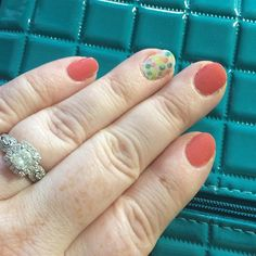Jamberry Nail wraps - Grapefruit and Out of Focus. Lasts up to 2 weeks and is the EASY way to do flawless nail art with no chemicals!