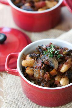 Vegetarian Mushroom & Cannellini Bean Ragout Recipe by CookinCanuck, via Flickr