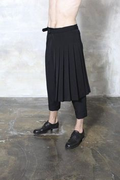 09YOH BLACK WOOL OLD GABARDINE SKIRT by YOHJI YAMAMOTO | 2013 Autumn/Winter