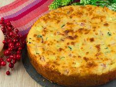 Tartă sărată deosebit de aspectoasă, rapidă și demnă de masa de sărbătoare! Food Videos, Quiche, Food And Drink, Strawberry, Pizza, Cooking Recipes, Yummy Food, Cheese, Bacon