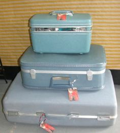*Vintage Retro Mid Century Stack Of 3 Suitcases Luggage In Shades Of Blue Decor*