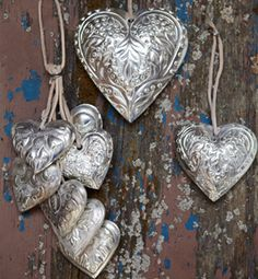 3D silver heart decorations