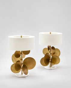 Pastille lamp: golden-brown patina bronze and brass, white statuary marble, off-white fabric lampshade.