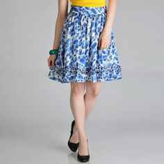 @Overstock - This women's skirt by Hanna and Gracie features an adorable cotton cloud turquoise print. This skirt is complete with a back zip closure and a two side seam ruffle trim.http://www.overstock.com/Clothing-Shoes/Hanna-and-Gracie-Womens-Printed-Ruffle-Trim-Skirt/6834148/product.html?CID=214117 $20.99