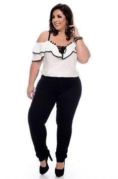 Vestido Plus Size Driman Looks Plus Size, Big Girl Fashion, Autumn Photography, Plus Size Outfits, Plus Size Fashion, Curvy, Casual Outfits, Street Style, Couture